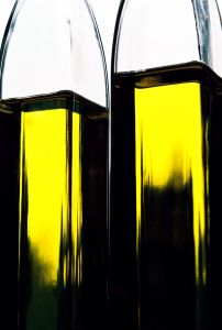 Importing Spanish olive oil into UK