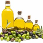 Olive oil does not make us put on weight. Makes us lose it!