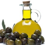 Uses of olive oil in cosmetics, household and natural remedies